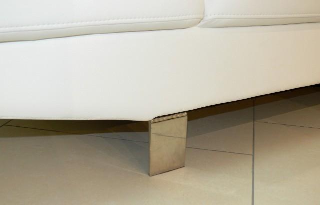 металеві ніжки є дуже стильними та надійними. Диван Etna