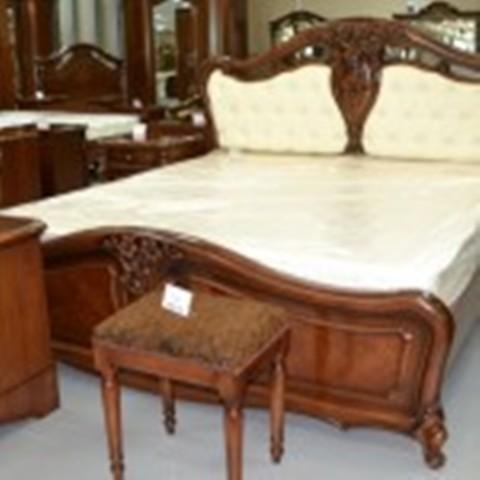 Ліжко Лукреція
