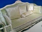 Як правильно обрати диван у вітальню?