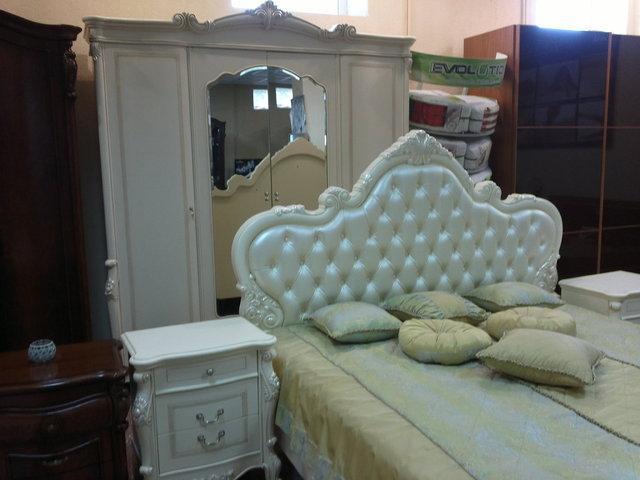 біла спальня Тоскана