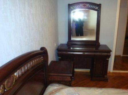 купити Туалетний столик з дзеркалом