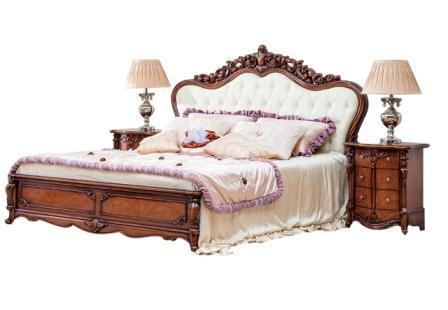 Ліжко з м'яким високим підголів'ям
