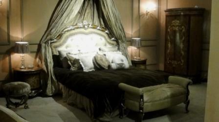 Купити спальний гарнітур в стилі рококо Шератон Італія у Львові